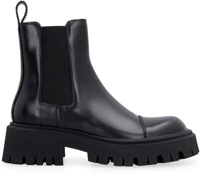 Tractor leather ankle boots