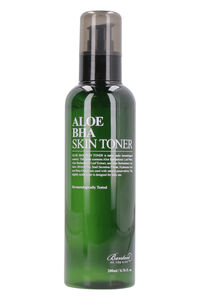 Aloe BHA Skin Toner, 200 ml/6.76 fl oz, Cleansers & exfoliators Benton woman